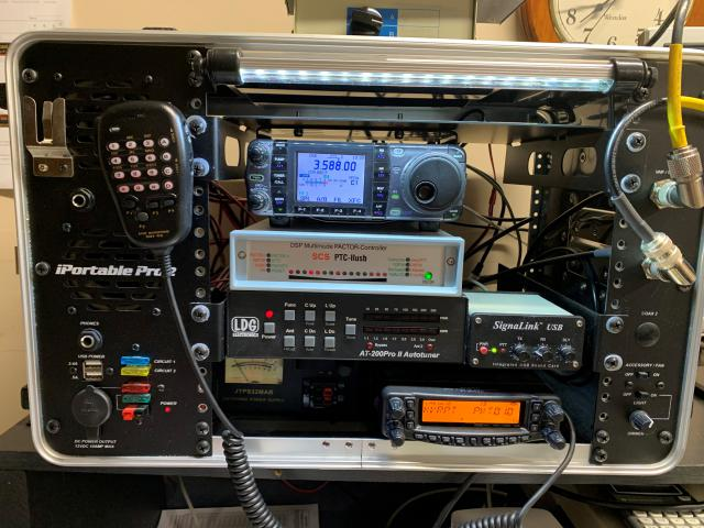 The AB0DK RMS station in a go kit